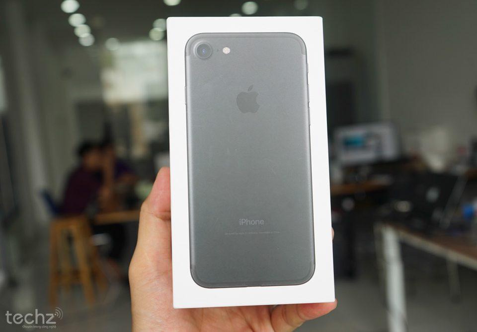 iPhone 7 và 7 Plus xách tay sẽ được bảo hành chính hãng?