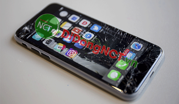 man-hinh-iphone-7-thay-o-dau