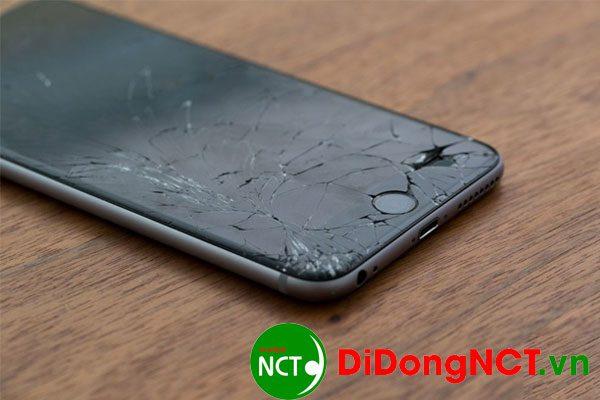 Điện thoại Iphone 7 bị bể màn hình